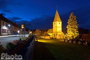 Eglise Protestante de Weiterswiller la nuit, Parc naturel régional des Vosges du Nord, Bas-Rhin (67), Alsace, France