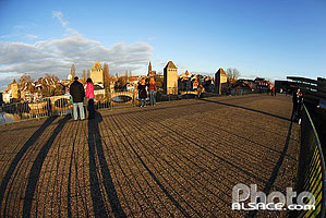 Photo : Les Ponts Couverts et la terrasse panoramique (Barrage Vauban), Quartier de la Petite France, Strasbourg, Bas-Rhin (67), Alsace, France