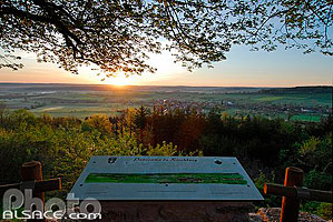 Photo : Table d'orientation, Chapelle du Kirchberg, Berg, Alsace Bossue, Bas-Rhin (67), Alsace, France