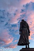 Statue de Charles de Foucauld sur le parvis de l'église Saint-Pierre le Jeune, Strasbourg, Bas-Rhin (67), Alsace, France