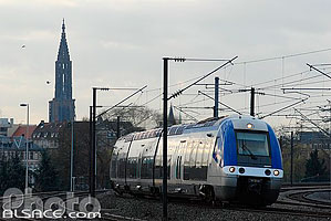 Photo : Train TER à l'entrée de Strasbourg, Strasbourg, Bas-Rhin (67)