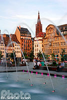 Photo : Fontaine de la place Kléber, Strasbourg, Bas-Rhin (67), Alsace, France