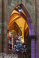 Photo : Les décorations de l'Arbre de Noël à travers les siècles, Eglise Saint-Georges, Sélestat, Bas-Rhin (67), Alsace, France