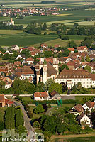 Photo : Village d'Ebersmunster et Abbatiale Saint-Maurice, Ebersmunster, Bas-Rhin (67)
