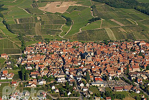 Photo : Village de Dambach-la-Ville, Bas-Rhin (67)