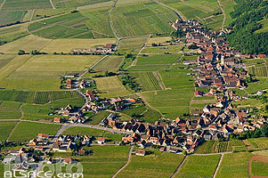 Photo : Village et vignoble de Nothalten, Bas-Rhin (67)