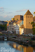 Photo : Tour du Bourreau et quai de Turckheim, Strasbourg, Bas-Rhin (67), Alsace, France