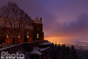 Photo : Mont Sainte-Odile la nuit, Ottrott, Bas-Rhin (67) // Mont Sainte-Odile at night, Ottrott, Bas-Rhin (67)
