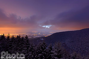 Photo : Mont Sainte-Odile la nuit, Ottrott, Bas-Rhin (67), Alsace, France