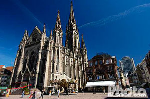Photo : Temple Saint-Etienne, Place de la Réunion, Mulhouse, Haut-Rhin (68), Alsace, France