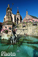Photo : Fontaine Saint-Léon, Eguisheim, Haut-Rhin (68), Alsace, France