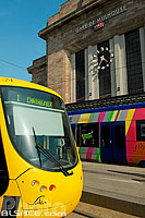 Photo : Tramway et Tram-Train devant la Gare de Mulhouse, Haut-Rhin (68), Alsace, France