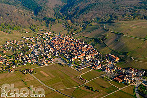 Photo : Village de Riquewihr, Haut-Rhin (68)