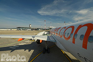 Photo : Avion Easyjet, Aéroport de Bâle-Mulhouse EuroAirport, Haut-Rhin (68)