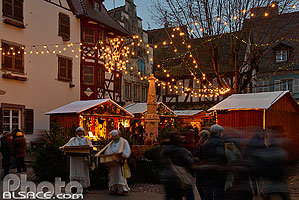 Photo : Animation de Noël, Place du Marché, Eguisheim, Haut-Rhin (68)
