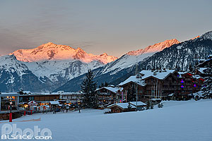 Photo : Courchevel 1850 au coucher de soleil, Saint-Bon-Tarentaise, Savoie (73)