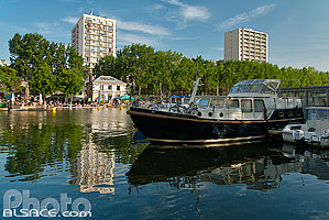 Photo : Bassin de la Villette, Quai de la Seine, Paris (75019)