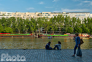 Photo : Quai de la Seine et bassin de la Villette, Paris (75019)