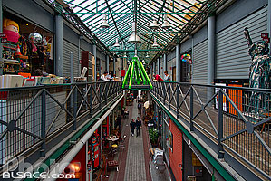 Photo : Marché Dauphine, Puces de Saint-Ouen, Saint-Ouen, Seine-Saint-Denis (93), Ile-de-France, France