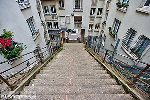 Photo : Escalier entre la rue Manin et la Butte Bergeyre, Paris (75019)