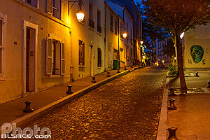 Photo : Rue Buot la nuit, Butte-aux-Cailles la nuit, Paris (75013), Ile-de-France, France
