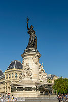 Photo : Monument à la République, Place de la République, Paris (75011)