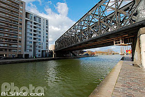 Photo : Canal de l'Ourcq, Paris (75)