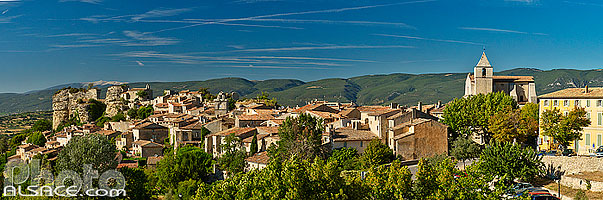 Photo : Village de Saignon, Parc naturel régional du Luberon, Vaucluse (84)