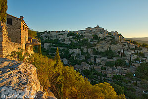 Photos de Gordes en Provence-Alpes-Côte-d'Azur, France