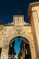 Photo : Porte de Saignon, Apt, Vaucluse (84)