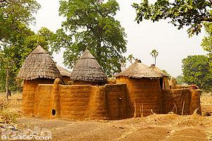 Photo : Tata Somba, Koussoukoingou, Boukoumbé, Pays Somba, Atakora, Bénin