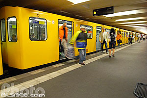 Photo : U-Bahn Klosterstrasse, Berlin, Allemagne