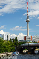 Photo : La Spree et Fernsehturm, Mitte, Berlin, Allemagne