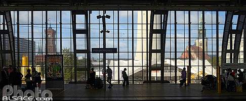 Photo : Alexanderplatz Station, Mitte, Berlin, Allemagne