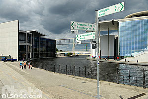 Photo : La Spree, Reichstagufer, Mitte, Berlin, Allemagne