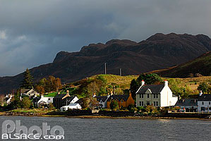 Photo : Loch Long et Dornie, Highlands, Scotland, United Kingdom
