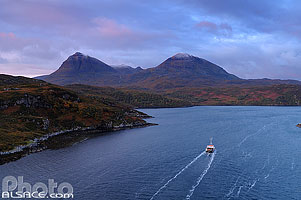 Photo : Loch a' Chàirn Bhàin et Quinag, Kylesku, North West Sutherland, Highlands, Scotland, United Kingdom
