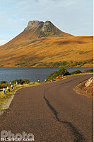 Photo : Loch Lurgainn et Stac Pollaidh, Inverpolly, Wester Ross, Highlands, Scotland, United KingdomW
