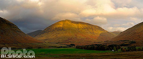 Photo : Beinn a Chaisteil, Grampian Mountain, Strathclyde, Scotland, United Kingdom