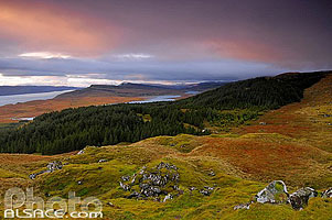 Photo : Paysage depuis Old Man of Storr, Isle of Skye, Highlands, Scotland, United Kingdom, Higlands, Scotland