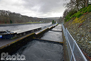 Photo : Barrage Hydroélectrique, River Tummel, Pitlochry, Perth and Kinross, Highlands, Scotland, United Kingdom