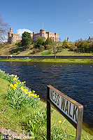 Photo : Rivière Ness et château d'Inverness, Inverness-shire, Ecosse, Royaume-Uni // River Ness and Inverness Castle, Inverness-shire, Highlands, Scotland, United Kingdom