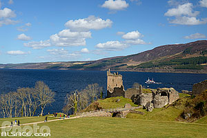Château d'Urquhart, Loch Ness, Inverness-shire, Ecosse, Royaume-Uni // Urquhart castle, Loch Ness, Inverness-shire, Highlands, Scotland, United Kingdom