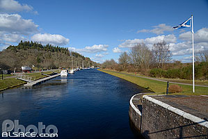 Photo : Caledonian Canal, Dochgarroch, Inverness-shire, Highlands, Scotland, United Kingdom, Higlands, Scotland