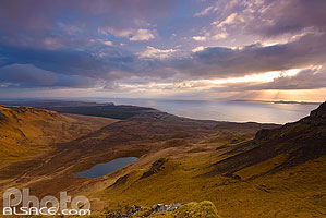 Loch Scamadal et Sound of Raasay, Isle of Skye, Highlands, Scotland, United Kingdom