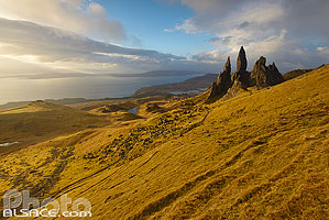 Photo : Old Man of Storr, Isle of Skye, Highlands, Scotland, United Kingdom