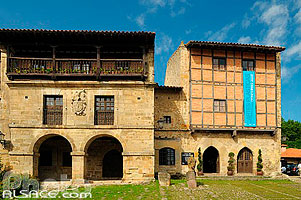 Photo : Santillana del Mar, Cantabria, España