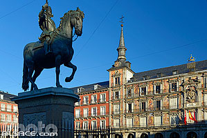 Photo : Monumento a Felipe III, Plaza Mayor, Madrid, España