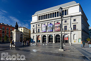 Photo : Teatro Real, Plaza Isabel II, Madrid, España