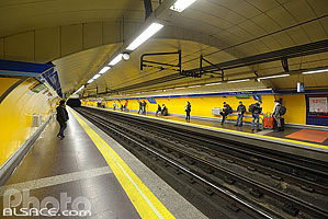Photo : Station de Métro Tirso de Molina, Madrid, España